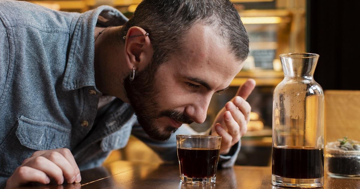 Секрети парфумерів: як відновити нюх